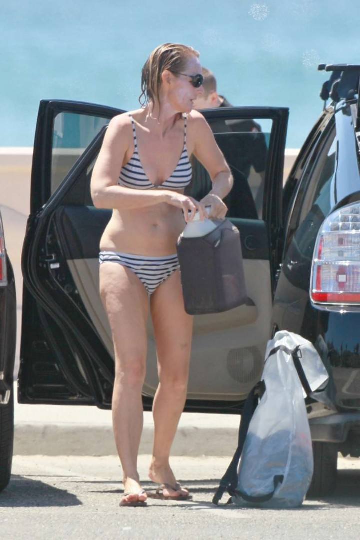 Helen Hunt - Wearing Bikini in Malibu