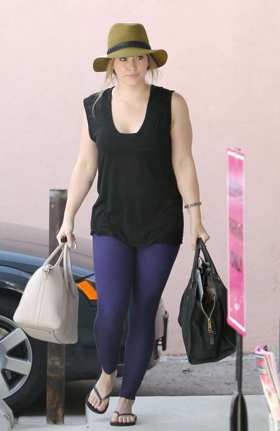 Hilarly Duff - Goes For a Workout in Beverly Hills