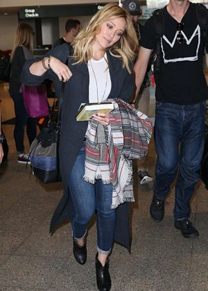 Hilary Duff in Jeans at Sydney Airport