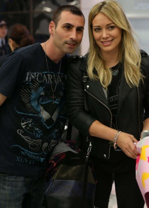 Hilary Duff at Sydney International Airport