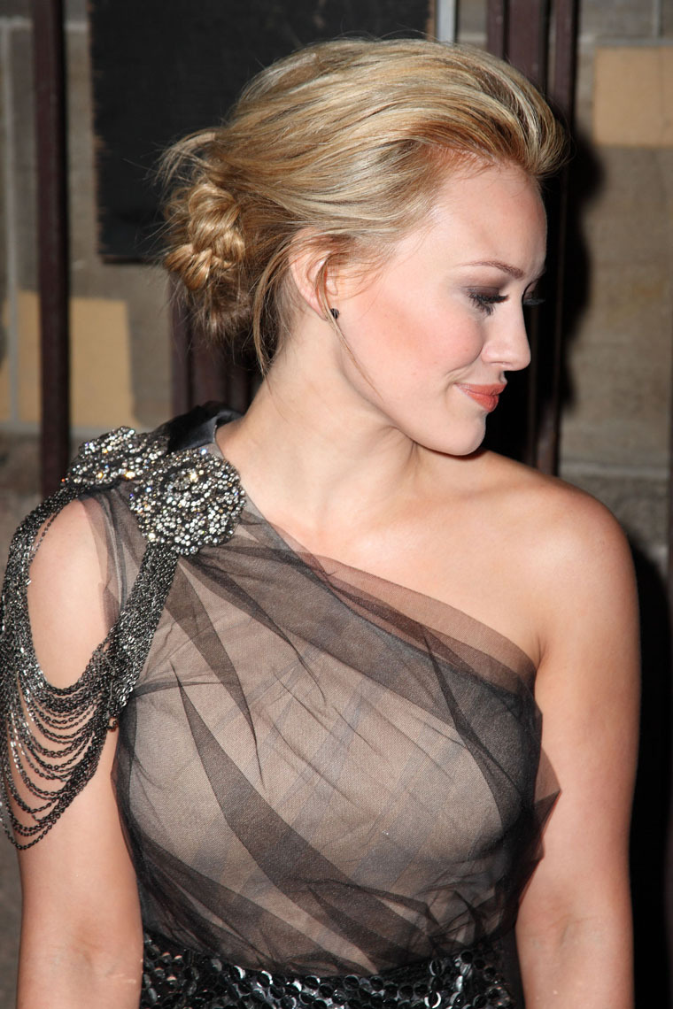 Hilary Duff 2010 : hilary-duff-at-the-shine-on-event-in-nyc-02