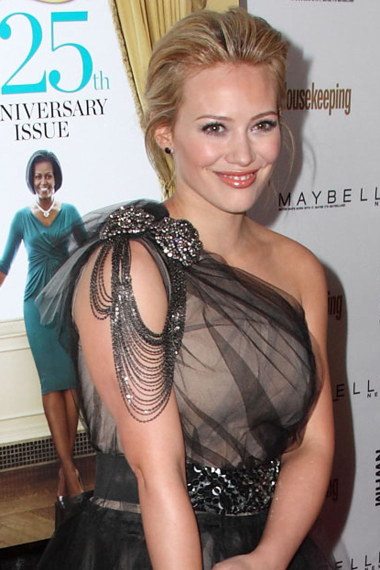 Hilary Duff 2010 : hilary-duff-at-the-shine-on-event-in-nyc-04