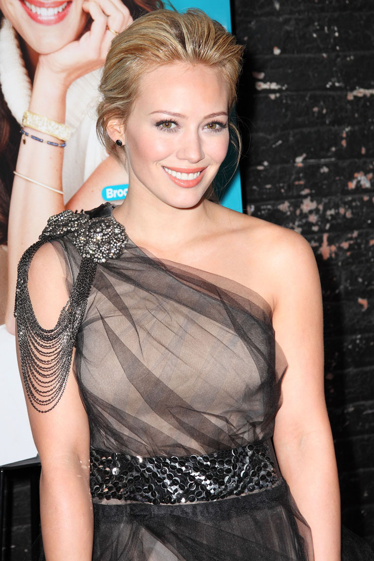 Hilary Duff 2010 : hilary-duff-at-the-shine-on-event-in-nyc-07