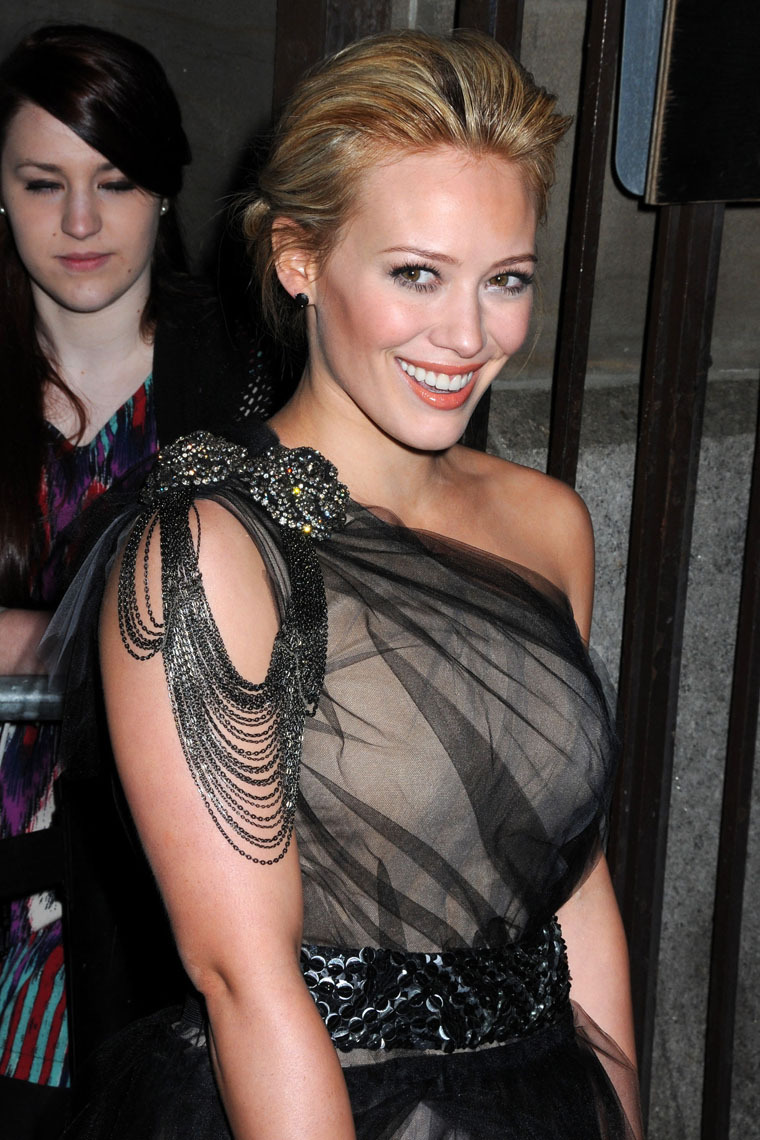 Hilary Duff 2010 : hilary-duff-at-the-shine-on-event-in-nyc-09