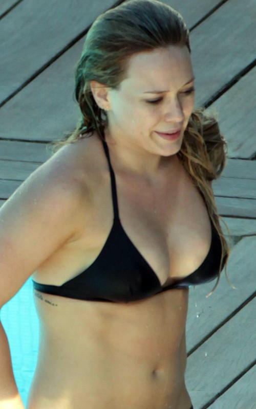 Hilary Duff - Bikini candids in Italy