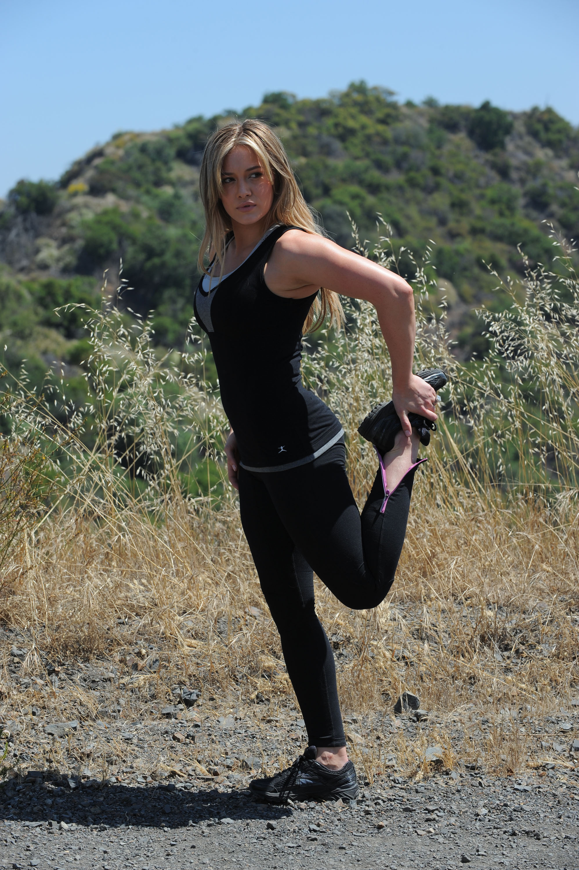 Hilary Duff In Sports Bra And Black Tight Shorts In 2011