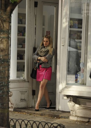 Hilary Duff in Pink Mini Skirt on Younger set -22