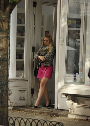 Hilary Duff in Pink Mini Skirt on Younger set -25