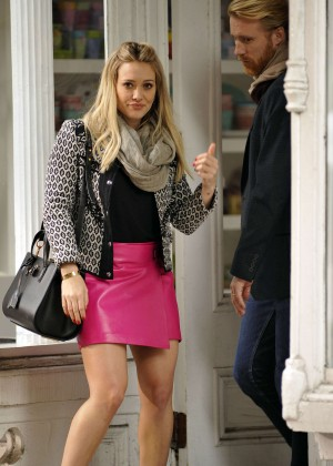 Hilary Duff in Pink Mini Skirt on Younger set -27