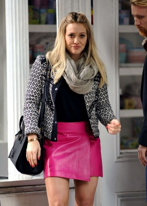 Hilary Duff in Pink Mini Skirt on Younger set -32