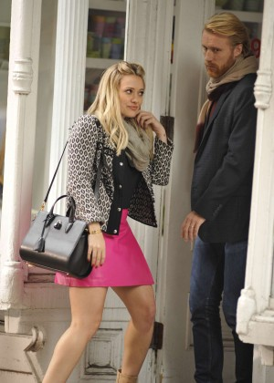 Hilary Duff in Pink Mini Skirt on Younger set -37