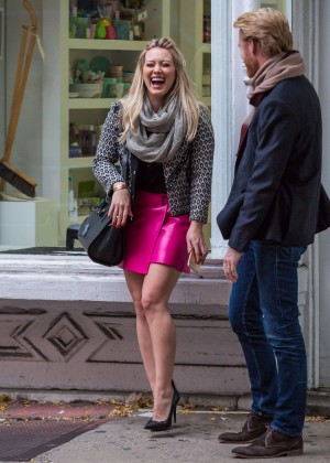 Hilary Duff in Pink Mini Skirt on Younger set -39
