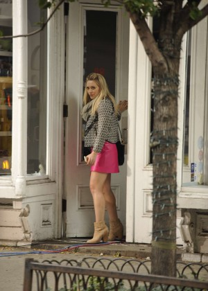 Hilary Duff in Pink Mini Skirt on Younger set -50