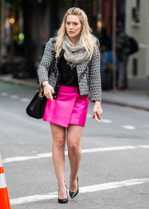 Hilary Duff in Pink Mini Skirt on Younger set -58