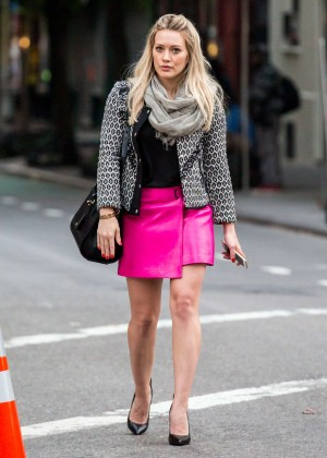 Hilary Duff in Pink Mini Skirt on Younger set -66