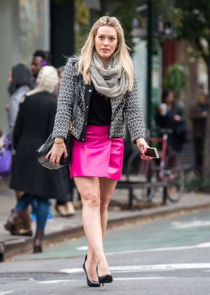 Hilary Duff in Pink Mini Skirt on Younger set -68