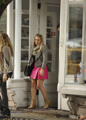Hilary Duff in Pink Mini Skirt on Younger set -74