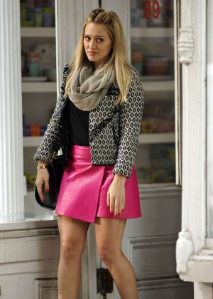 Hilary Duff in Pink Mini Skirt on Younger set -81