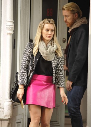 Hilary Duff in Pink Mini Skirt on Younger set -82