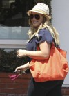 Hilary Duff in Jeans While Shopping in West Hollywood-05