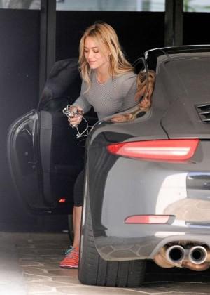 Hilary Duff in Tight Leggings -03