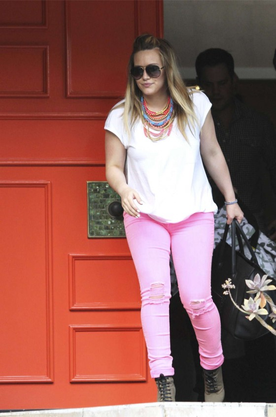 Hilary Duff in Pink Jeans with Her Family in Los Angeles