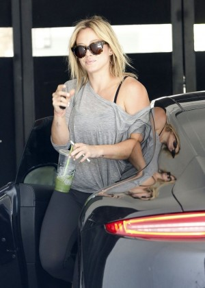 Hilary Duff in tights at a gym in LA-07