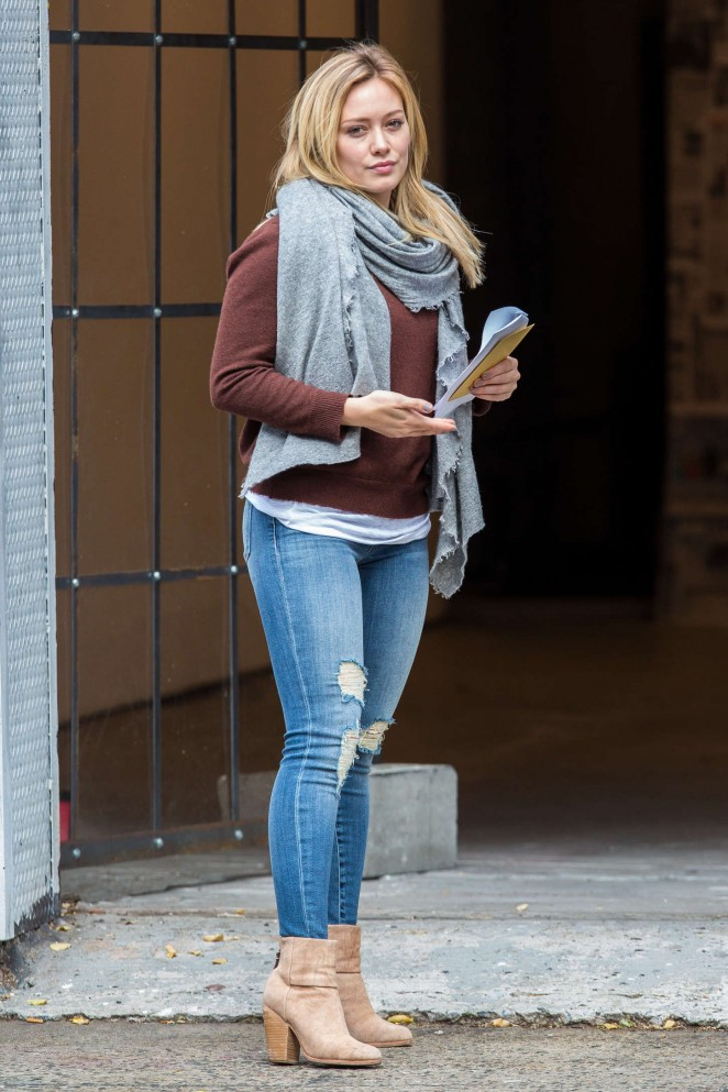 Hilary Duff – On the set of 'Younger' in Brooklyn