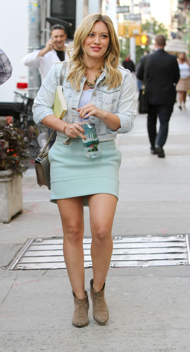 Hilary Duff in Mini Skirt on the set of 'Younger' in NYC