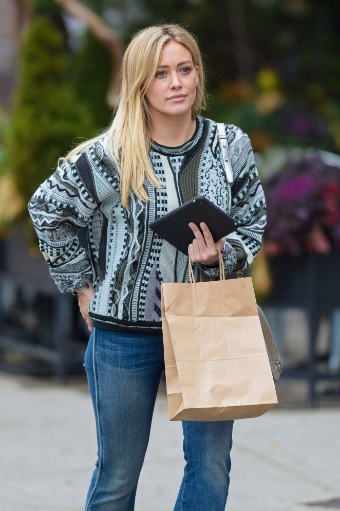 Hilary Duff in Jeans - Out and about in Manhattan