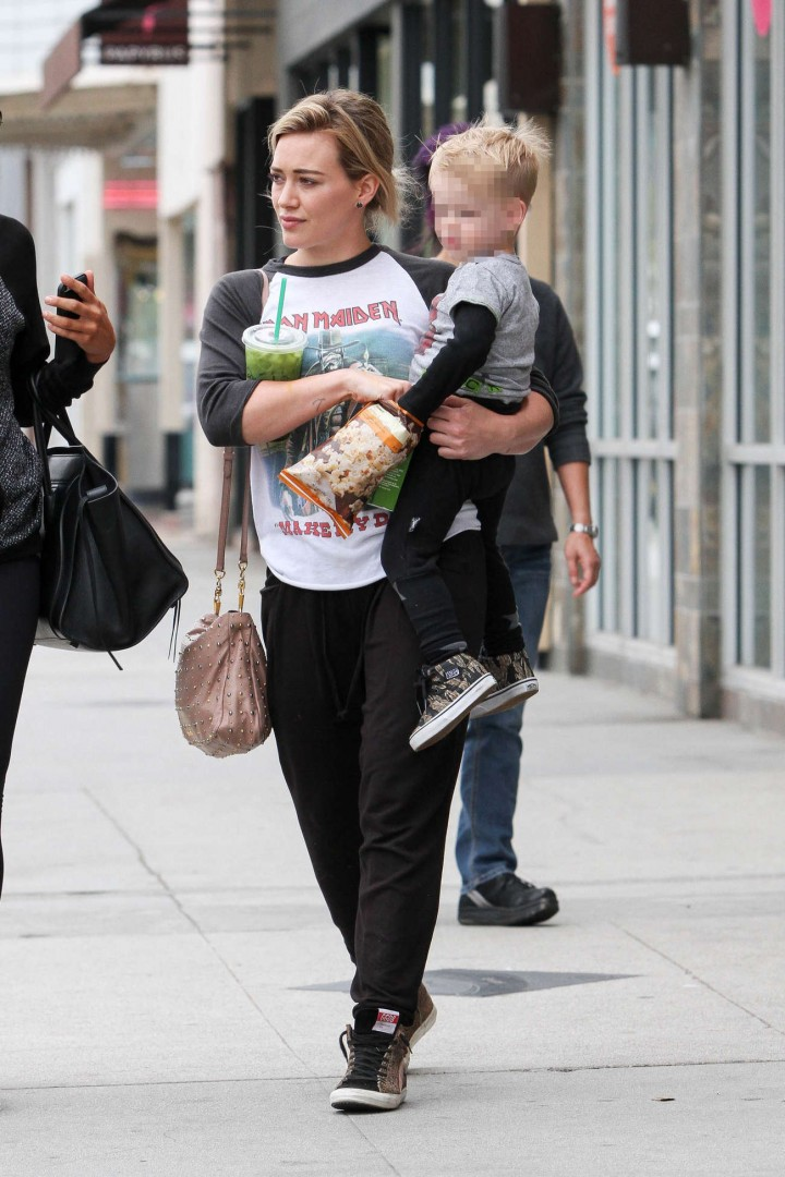 Hilary Duff out in Beverly HIlls -05