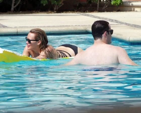 Hilary Duff – Poolside swimsuit candids in Mexico – July 31