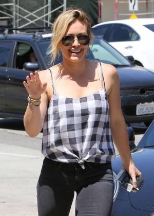 Hilary Duff Walking Around in Beverly Hills