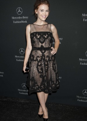 Holland Roden - Naeem Khan Fashion Show in NYC