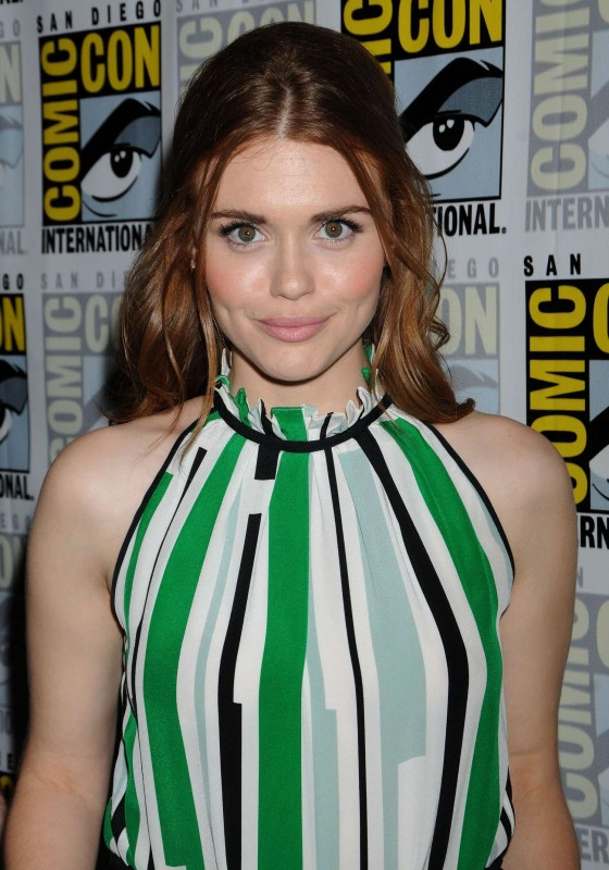Holland Roden – 2013 Comic-Con -06