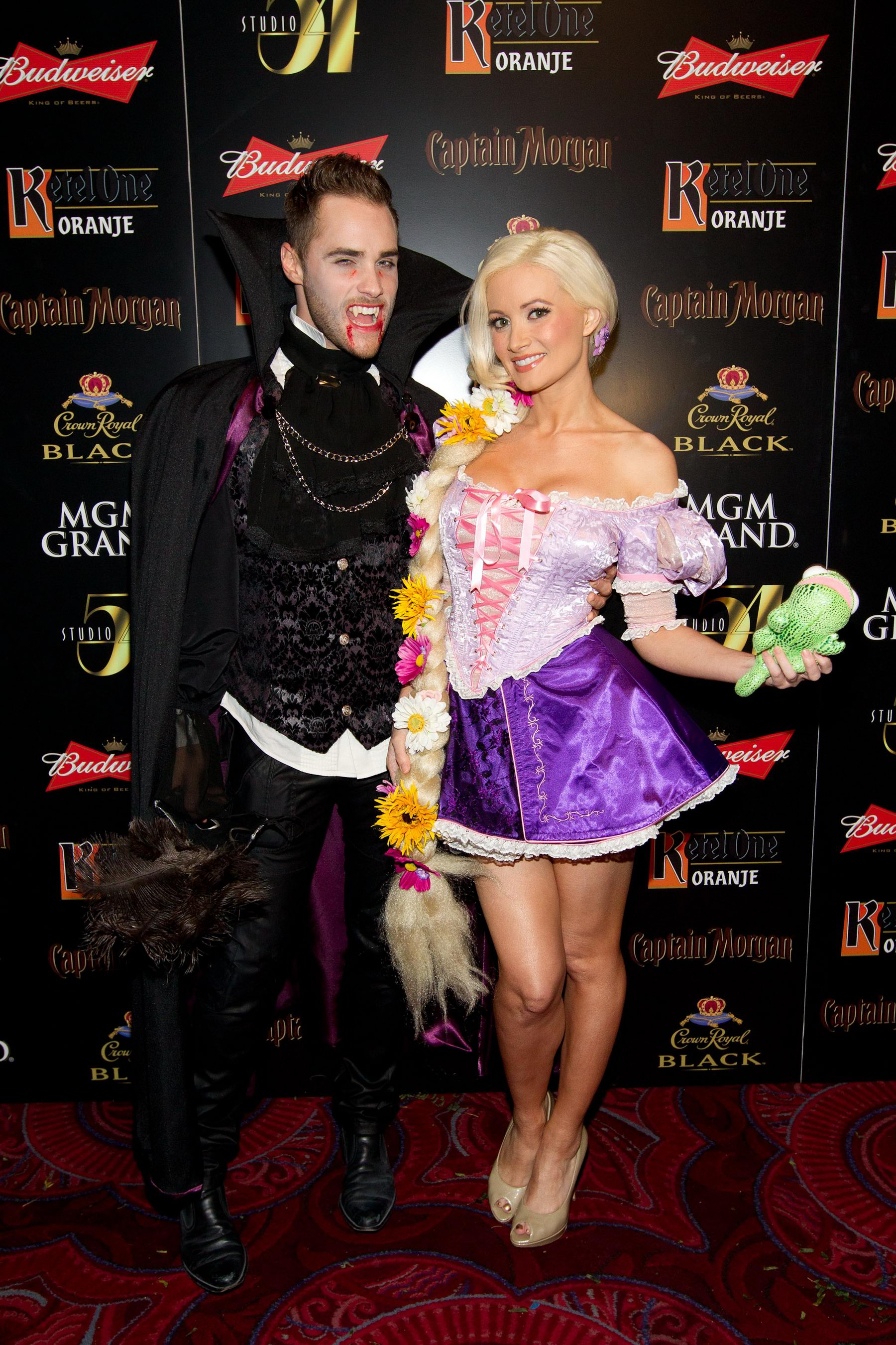 Holly Madison - 2011 Halloween party in Las Vegas-07 - GotCeleb