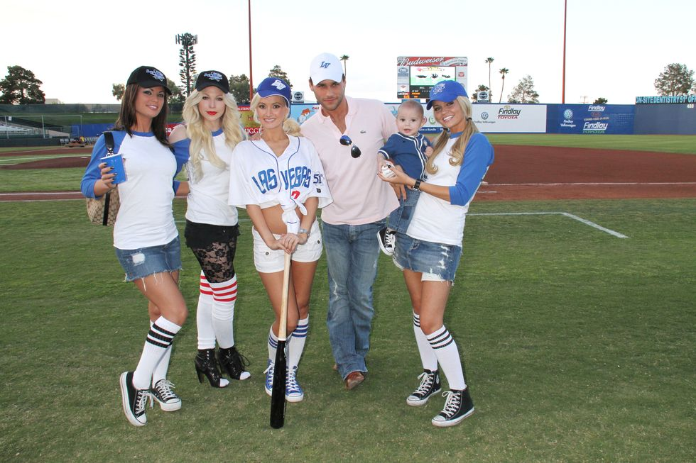 Holly Madison 2010 : holly-madison-at-cashman-field-08