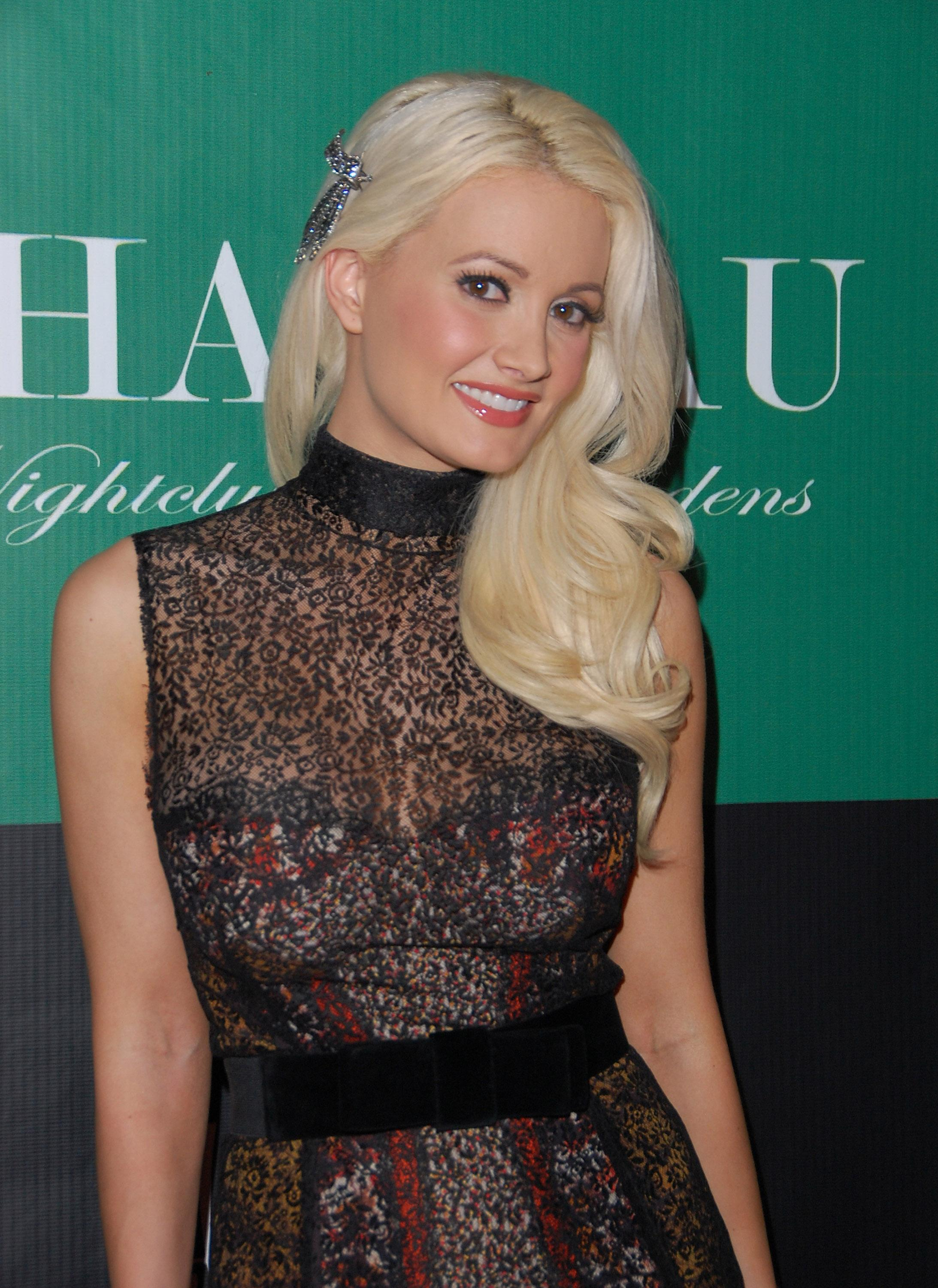 Holly Madison 2011 : Holly Madison at Hollys World Season 2 Party-02