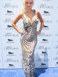 holly-madison-at-mgm-grand-hosting-wet-republic-19