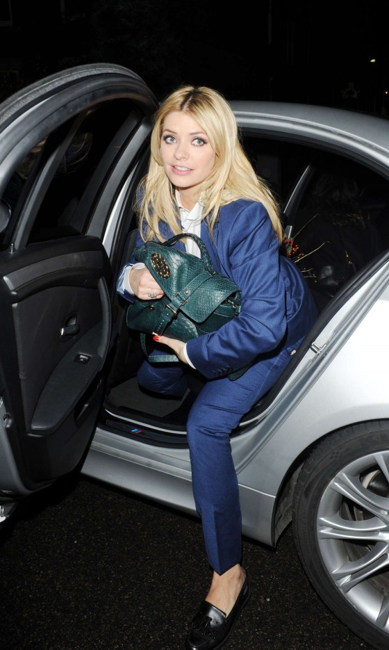 Lauren London Jeans Holly Willoughby in je...