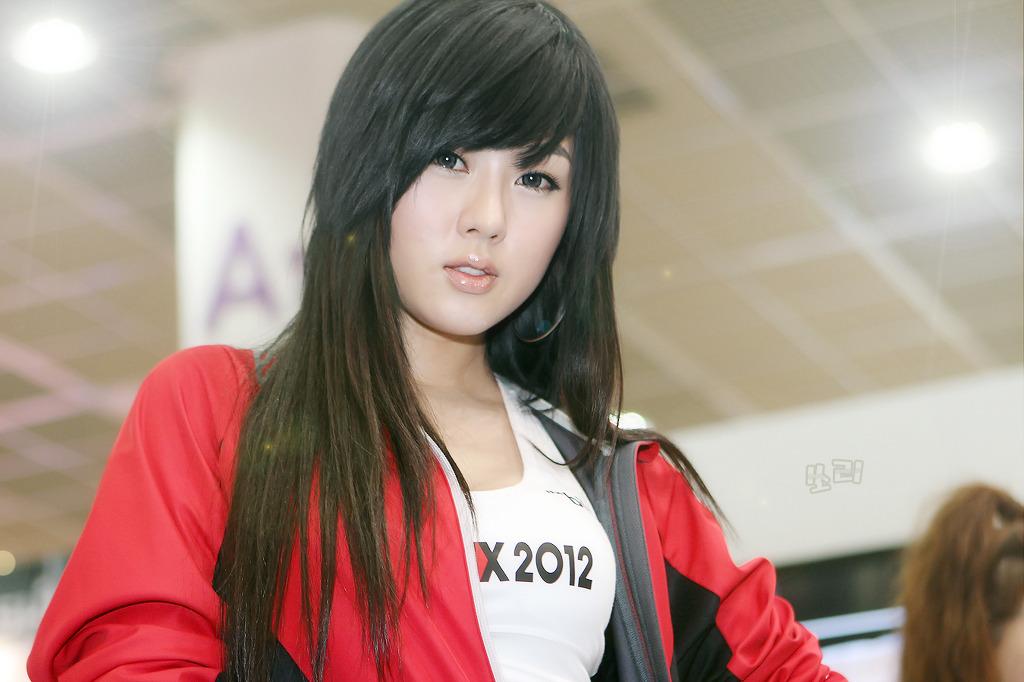Hwang Mi Hee Spoex 2012 09 Gotceleb