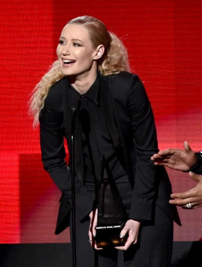 Iggy Azalea: 2014 American Music Awards -08