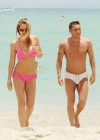 Ilary Blasi in a pink bikini in Miami-09