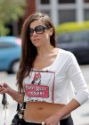 imogen-thomas-bends-over-wearing-see-through-leggings-06