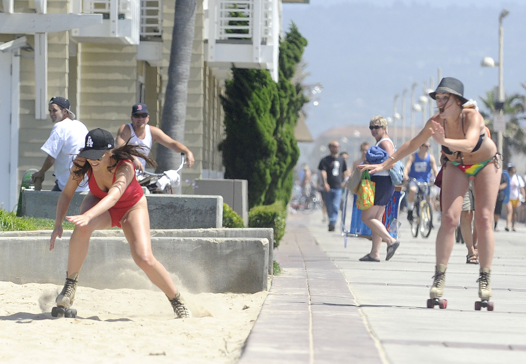 Imogen Thomas 2011 : Imogen Thomas Swimsuit Candids in Santa Monica-09