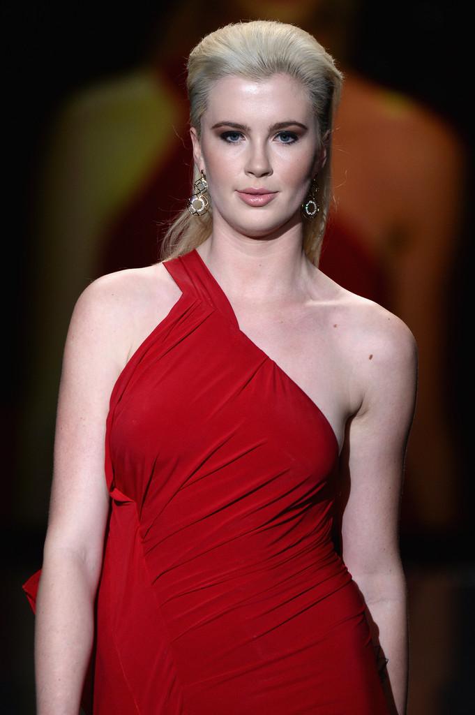 Ireland Baldwin: 2014 Red Dress Fashion Show -08