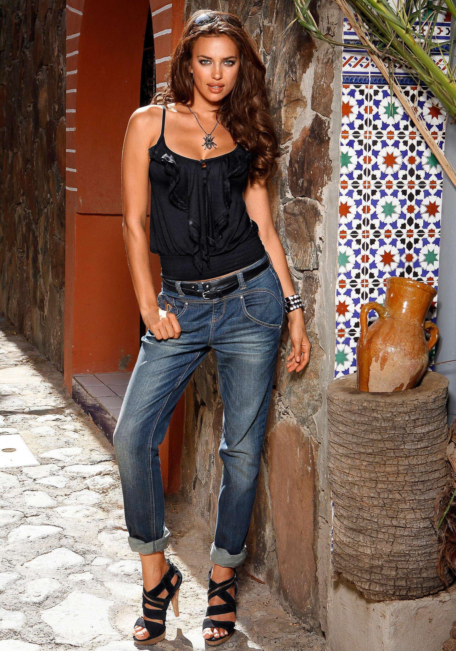 irina shayk 2012 laura scott collection 08 gotceleb. Black Bedroom Furniture Sets. Home Design Ideas