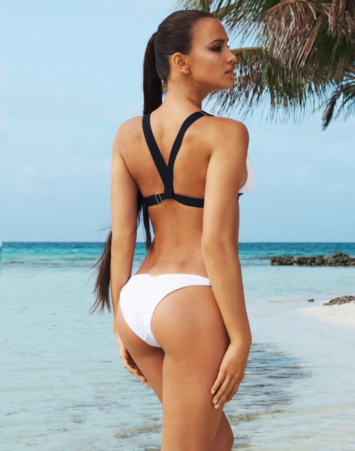 Irina-Shayk:-Beach-Bunny-Bikini--11-720x