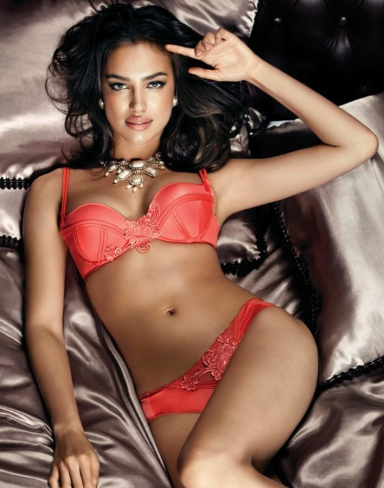 Irina Shayk hot in lingerie-06