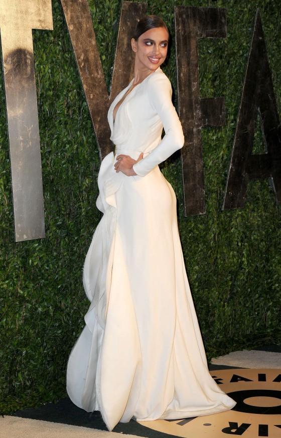 Irina Shayk – Oscar 2013 – Vanity Fair Party -05